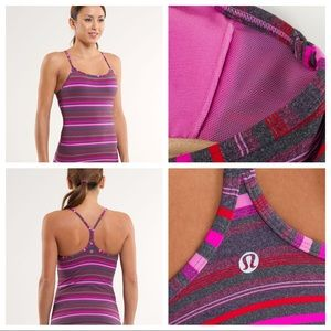 🎉2/$35 Lululemon Power Y Tank, with bra inserts!